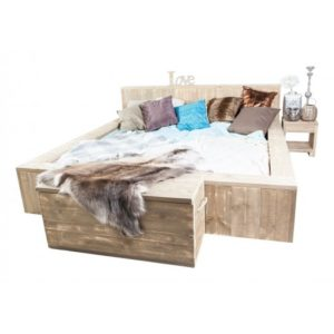 slaapkamer - Bed - tafel - hout - haaksbergen - overijssel - gelderland - achterhoek - twente - nederland